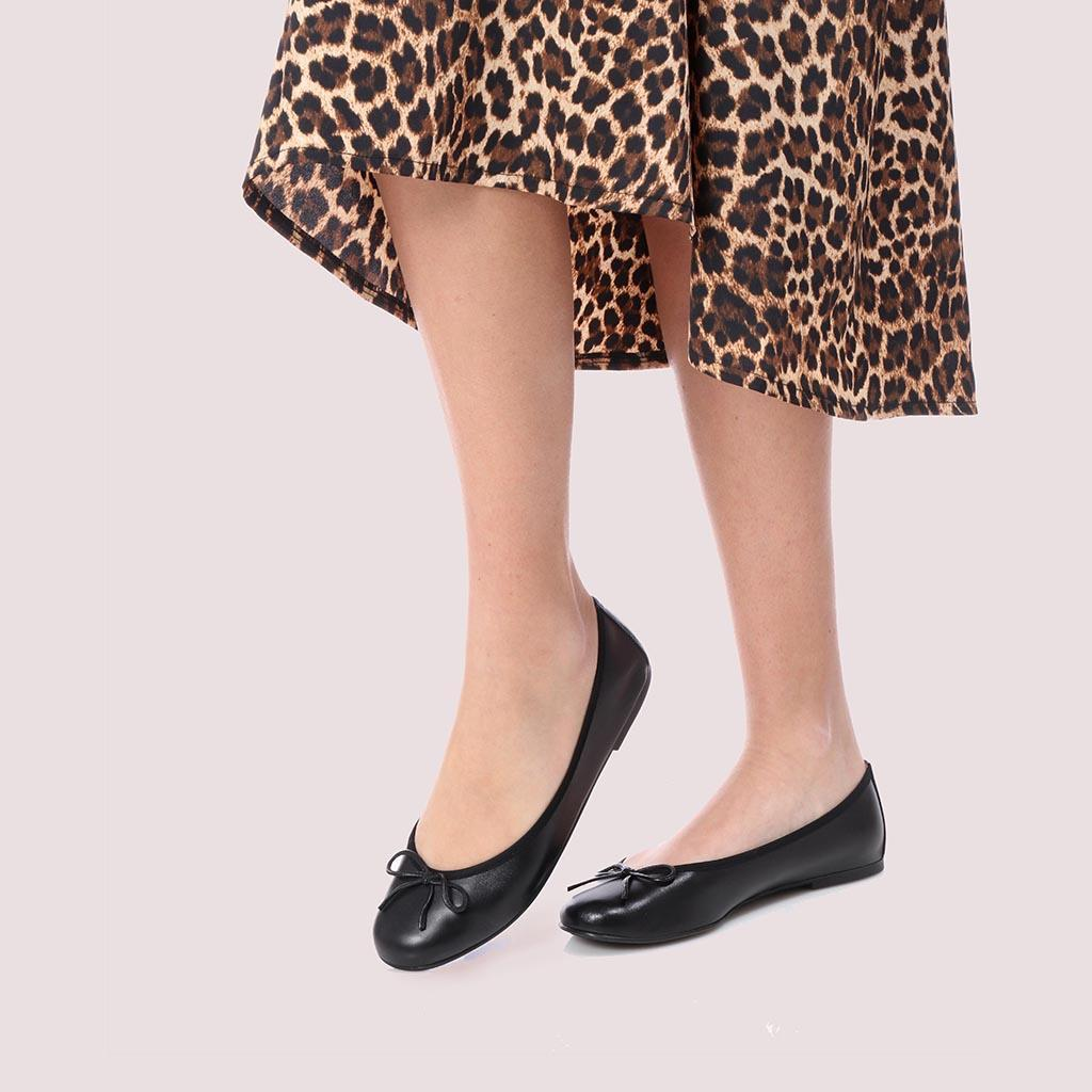 Leanna|שחור|נעלי בובה|נעלי בלרינה|נעליים שטוחות|נעליים נוחות|ballerinas