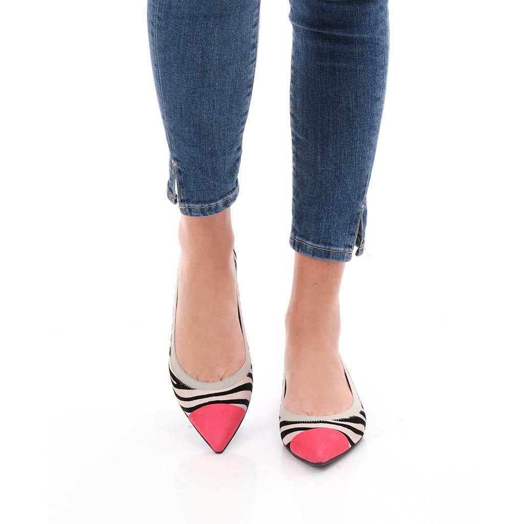Ensley|ורוד|שחור|לבן|נעלי בובה|נעלי בלרינה|נעליים שטוחות|נעליים נוחות|ballerinas