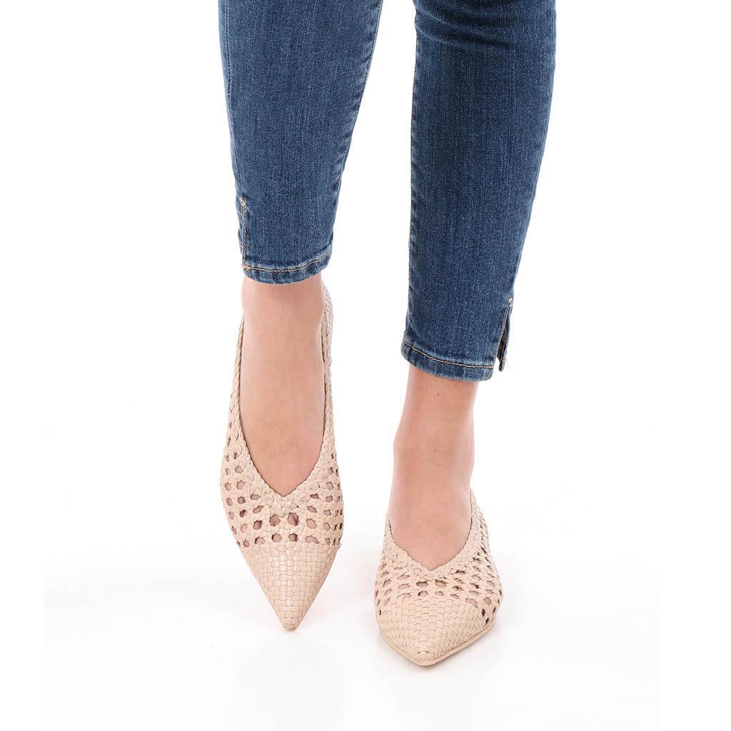 Ella|ורוד|נעלי בובה|נעלי בלרינה|נעליים שטוחות|נעליים נוחות|ballerinas