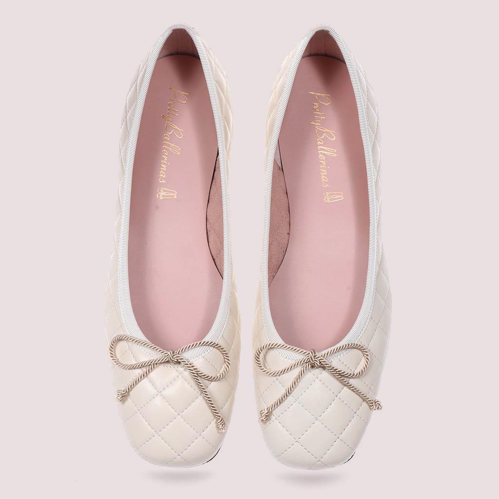 Zoey|לבן|נעלי בובה|נעלי בלרינה|נעליים שטוחות|נעליים נוחות|ballerinas