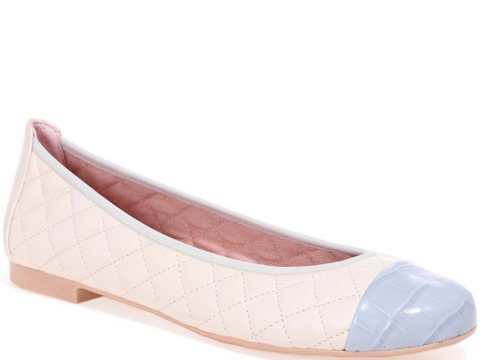 Shirley|תכלת|לבן|נעלי בובה|נעלי בלרינה|נעליים שטוחות|נעליים נוחות|ballerinas